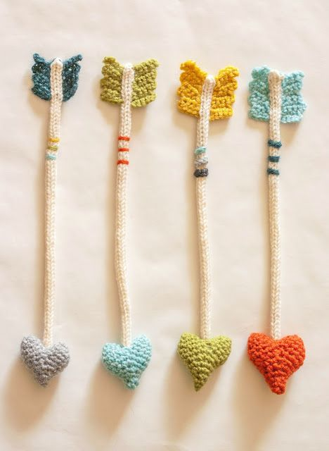 The Dapper Toad: Heart Arrows: New Crochet Pattern...I need to learn how to crochet!