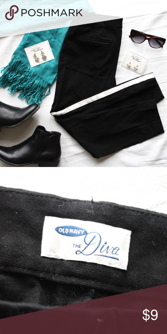 Old Navy • The Diva Tuxedo Stripe Pants Classic and comfy, these black pants have a chic white stripe down the side - a wonderful neutral base for dressing up or down! Medium-low rise, excellent condition. Old Navy Pants Skinny