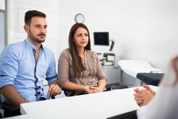 8 tipos de futuros papás en el obstetra | Blog de BabyCenter