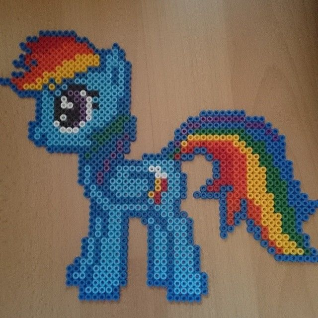 MLP Rainbow Dash perler beads by kitiket100