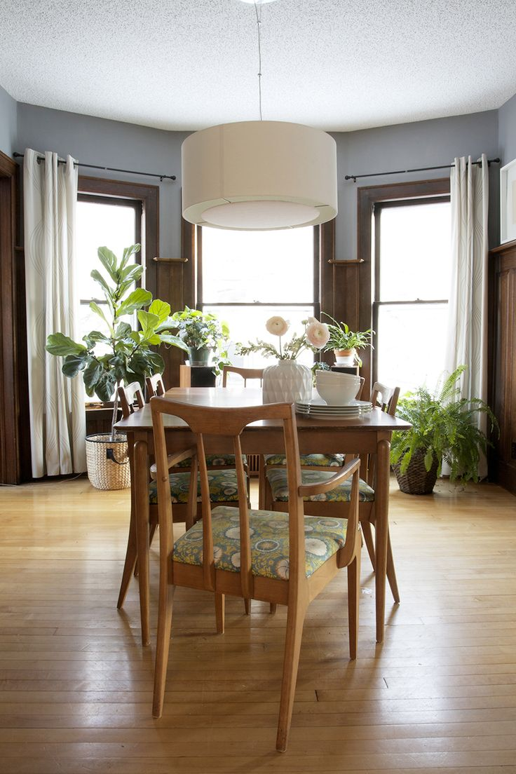 Tips on Refinishing Vintage Furniture