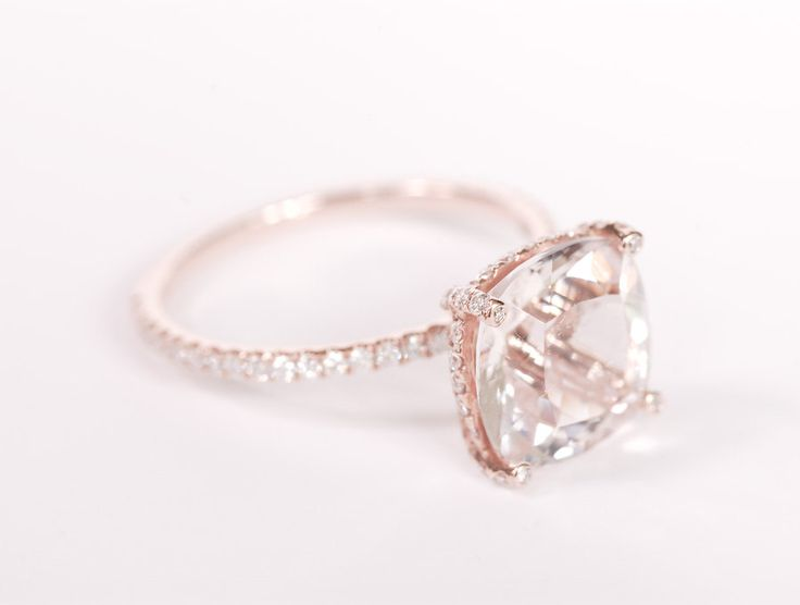 My engagement ring - rose gold, diamonds and morganite - Sundari Gems on Etsy - Best jewelry designer!