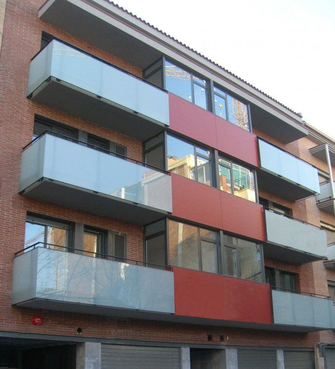 Edificio entre medianeras, Castelldefels / AMSA Arquitectura