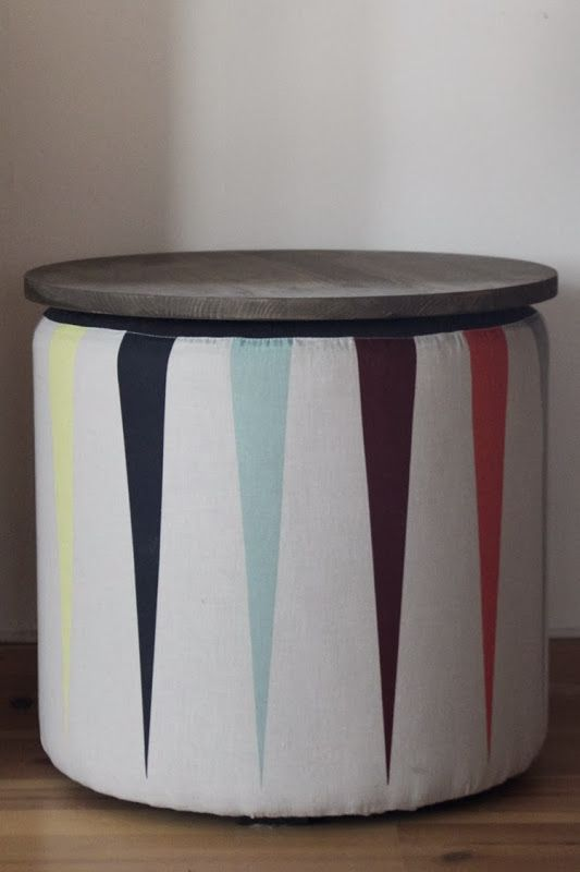 Platetopp av hobbyplate malt med interiørbeis. Inspirert av wire med valnøttopp fra Ferm living.
