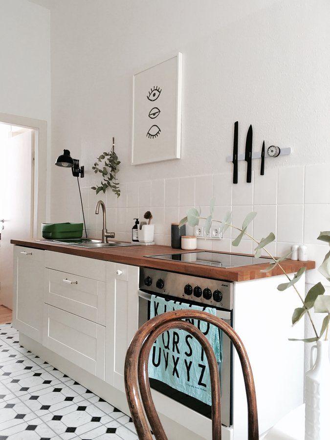 dachwohnung skandinavisch minimalistisch. Black Bedroom Furniture Sets. Home Design Ideas