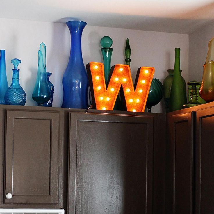 Lighted Kitchen Signs: Best 25+ Above Cabinet Decor Ideas On Pinterest