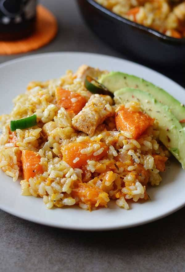 One Pot Chicken and Pumpkin Rice - Calling all pumpkin lovers, this One Pot Chicken and Pumpkin Rice is for you! Delicious, hearty and ready in a flash not to mention it's all made in one pot!