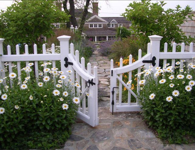 17 Best ideas about Garden Gates on Pinterest Garden arches
