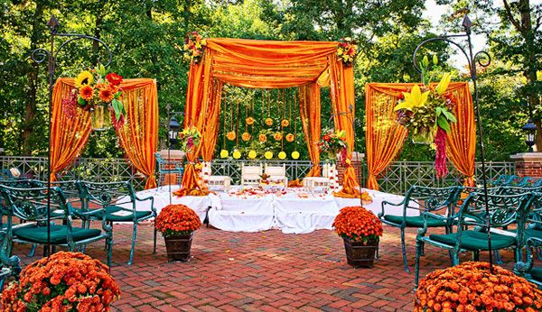 ♥ outdoor ♥ Indian ♥ fusion ♥ wedding ♥ decor ♥ ceremony ♥ flowers ♥ curtained mandap