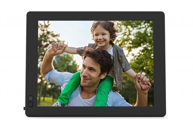 Never Miss Out on Sharing Memories With Nixplay's Seed Cloud WiFi Digital Photo Frame