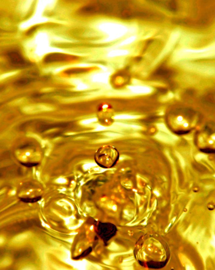 効果絶大 宝くじが当たるかも 超強力金運アップの待ち受け画像 ゴールドの壁紙 金運アップ 金 運