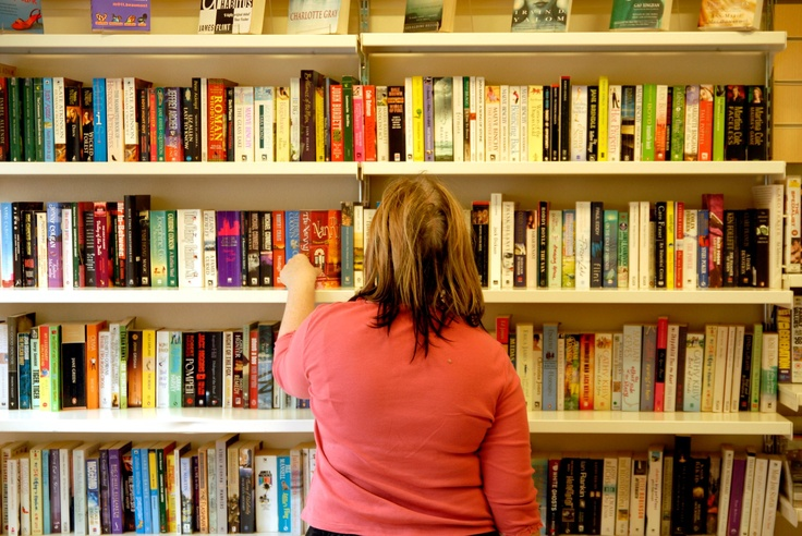 With the weather getting colder again, we reckon there's nothing better than curling up with a good book. Find your nearest Oxfam shop and pick up a good read! https://www.oxfamireland.org/shop/shops-near-you