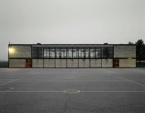 """NEW BRUTALISM: """"I went to school here. DWx"""" - Hunstanton school, Norfolk  1949, Alison & Peter Smithson"""