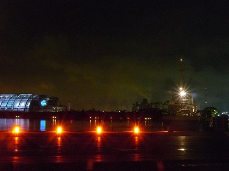 . 黒の世界 - Black World . 今日の横浜はとても蒸し暑かったです . おまけに結構ひどいにわか雨も . 明日は晴れると良いんですが . #いわきららミュウ #小名浜 #いわき #福島 #東北で良かった  #夕日 #夕焼け #小名浜 #夜景  #onahama #iwakicity #fukushima #japan #リフレクション #アクアマリンふくしま . #IGersJP#icu_japan#tokyocameraclub #whim_life#jp_gallery#IG_JAPAN#wu_japan#japan_daytime_view#IG_JAPAN #wu_japan #japan_of_instal