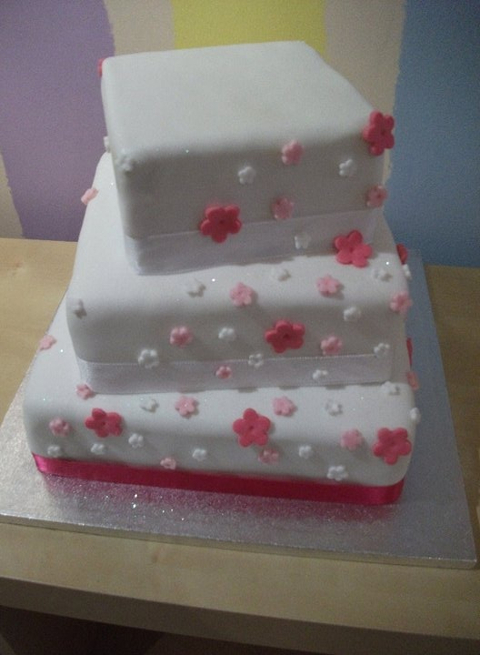 sweetie pie wedding cake 25 best images about sweetie pies bakery on 20698