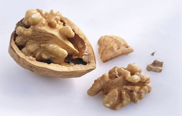 Walnuts Nutrition Facts: Calories and Health Benefits