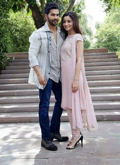 Alia Bhatt and Varun Dhawan Promote Humpty Sharma Ki Dulhania in Delhi