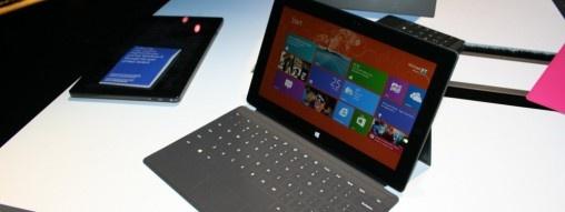 Windows RT miał być rewolucją. I jest, ale tylko w świecie PC, w którym Microsoft z Intelem rozdawali dotychczas karty.  http://www.spidersweb.pl/2013/03/microsoft-surface-miala-byc-rewolucja-na-rynku-a-wyszla-kompromitacja.html