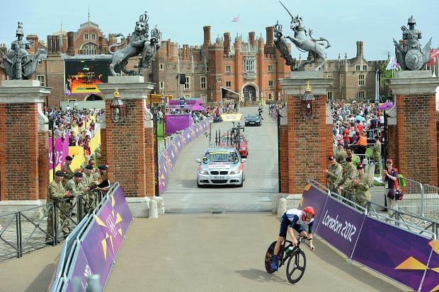 Time Trial course start, Hampton Court