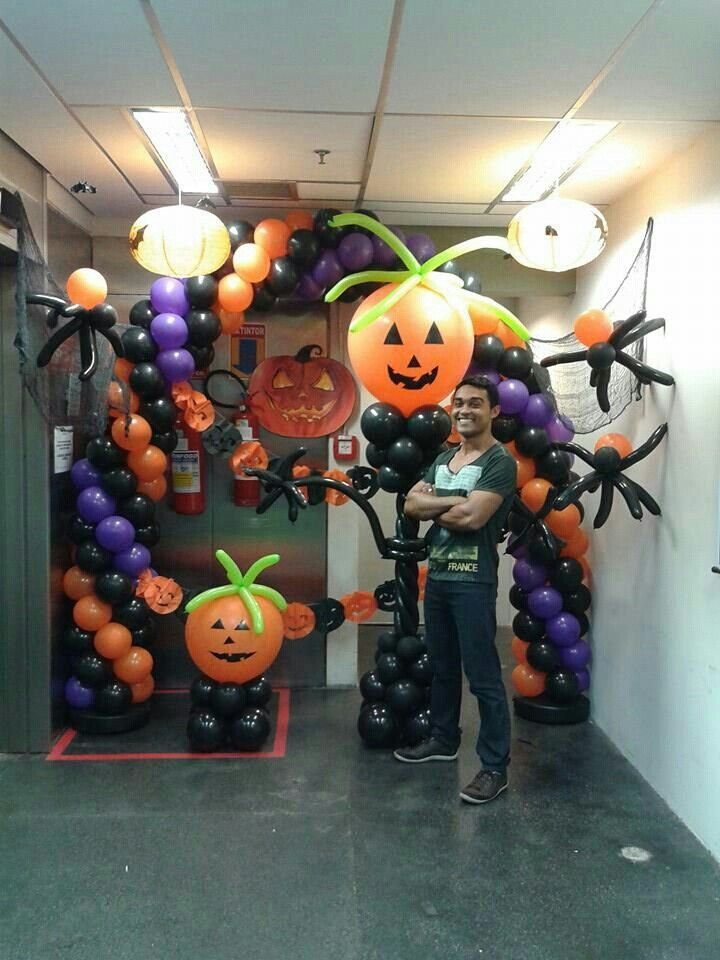 87 best balloons halloween images on pinterest balloon for Balloon decoration for halloween