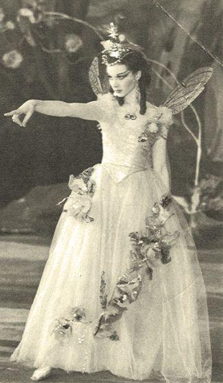 Vivien Leigh as Titania in A Midsummer Night's Dream in 1937