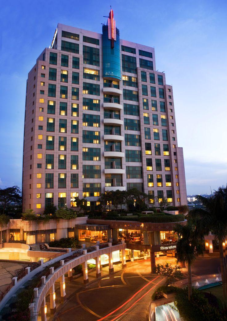 Sheraton Surabaya Hotel & Towers. Surabaya 88