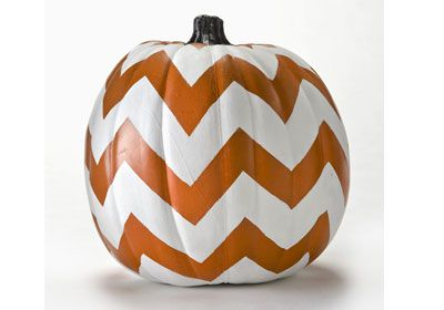 FolkArt Chevron Pumpkin - No carving ideas for #halloween decor - with FolkArt Paints #plaidcrafts