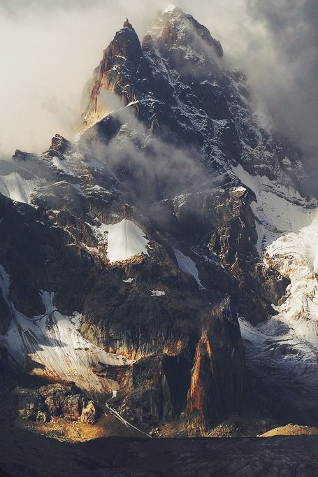 Mountainscape of the Rongme Ngatra | reurinkjan, posted by mstrkrftz
