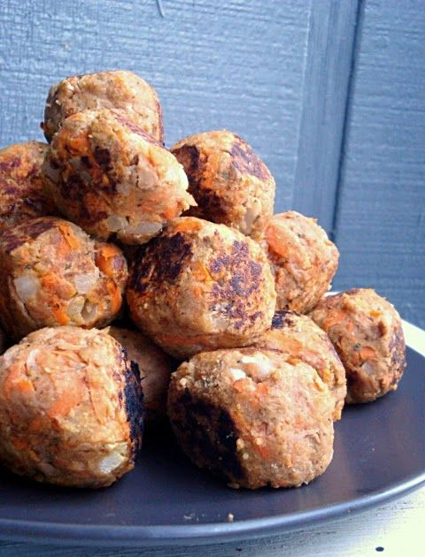 Tuna Meatballs     Tuna Meatballs   Another tuna dish...yummers!   We try and add fish to our diet weekly. The cost of fresh fish is p...