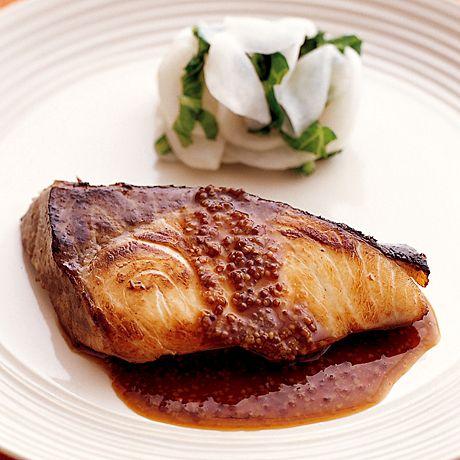 レタスクラブの簡単料理レシピ いつもの照り焼きを洋風で楽しむ「ぶりの照り焼き 粒マスタード風味」のレシピです。