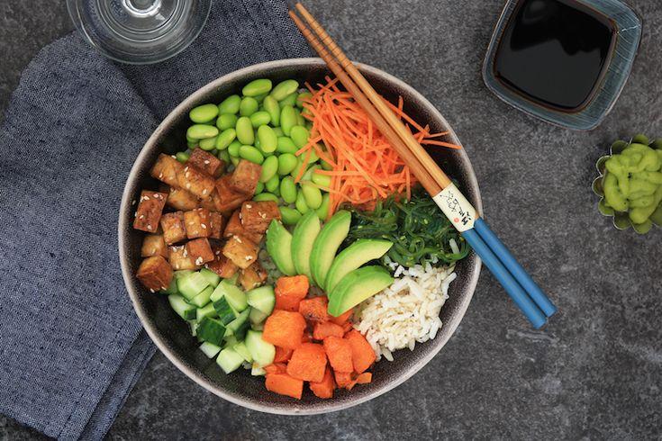 Depoké bowl is een échte hit onder defoodies. Voor wie nog niet weet wathet is: een traditioneel gerecht uit Hawaii, met rijst, heel veel verse groentes