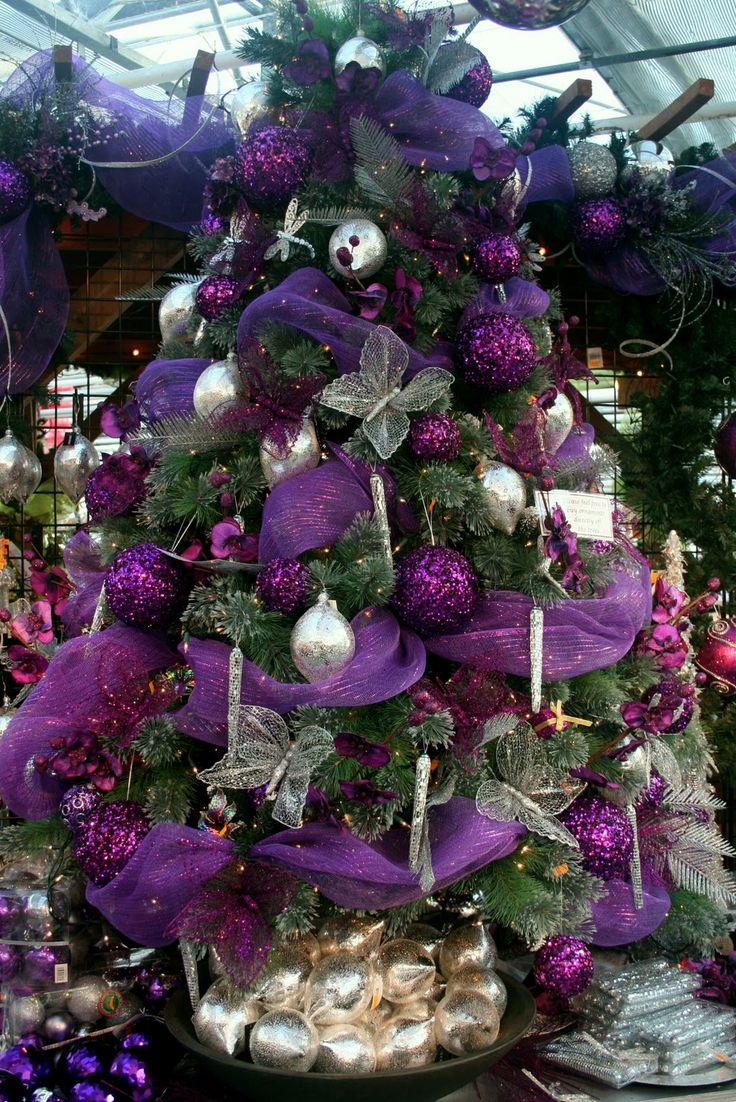 Christmas tree decorations purple - For A Vibrant Christmas Tree And Festive Decorating Scheme For A Contemporary Home How About Opting For A Rich Plum These Striking Purple Christmas Trees