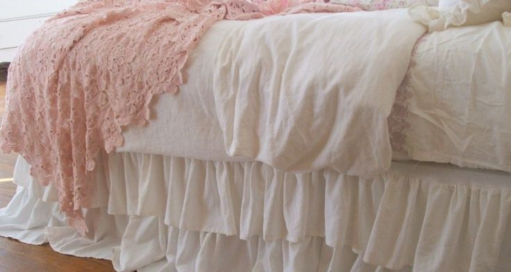 Make The Beautiful Dorm Bed Skirt Linens By Yourself
