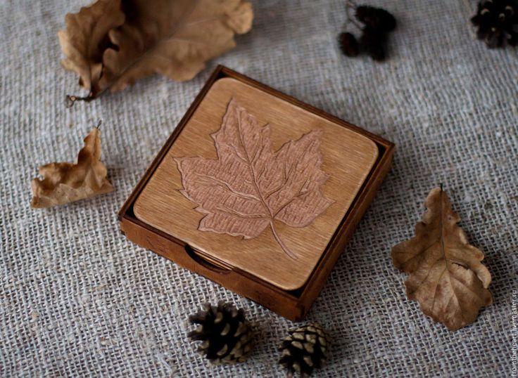 """Купить """"Кленовый листопад"""" резные деревянные подставки под чашки/кружки Уют - подставки под горячее"""
