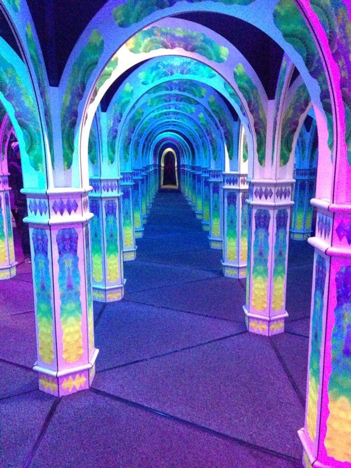 Magowan's Infinite Mirror Maze in San Francisco, CA ❁^^ ♡.. .~*~.❃∘❃✤ॐ ♥..⭐.. ▾ ๑♡ஜ ℓv ஜ ᘡlvᘡ༺✿ ☾♡·✳︎· ♥ ♫ La-la-la Bonne vie ♪ ❥•*`*•❥ ♥❀ ♢❃∘❃♦ ♡ ❊ ** Have a Nice Day! ** ❊ ღ‿ ❀♥❃∘❃ ~ SAT 9th JAN 2016!!! .. .~*~.❃∘❃✤ॐ ♥..⭐..༺✿ ♡ ^^❁