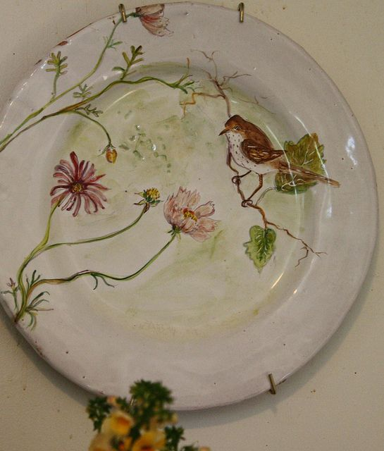 dinner plate ~ Julie Whitmore~I just wish I could buy some of her lovely pinched pots, she is always sold out within minutes...