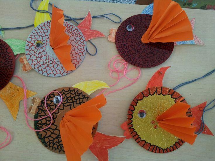Peces con cd 39 s reciclados children crafts pinterest - Manualidades con discos ...
