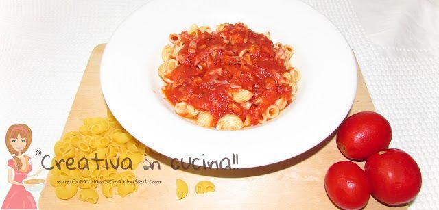 Mezzi gomiti rigati al sugo fumè, per la ricetta >>http://creativaincucina.blogspot.it/2015/09/mezzi-gomiti-rigati-al-sugo-fume.html Means elbows striped sauce smoked, for the recipe >> http://creativaincucina.blogspot.it/2015/09/mezzi-gomiti-rigati-al-sugo-fume.html