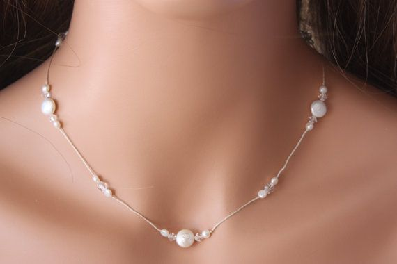 COLLAR de perla de la boda en cordón de seda con Crystals de Swarovski y perlas de la moneda, único perfecto para la novia o las damas de honor, collar Simple
