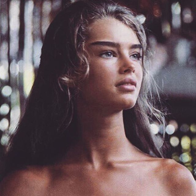 "1,322 Likes, 8 Comments - FRAGILE HEARTS  (@fragileheartts) on Instagram: ""Young Brooke Shields   So beautiful ✨"""