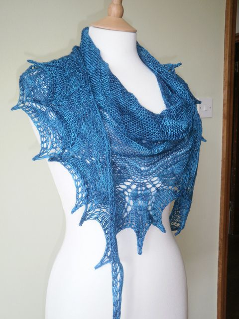 107 best free lace shawl knit pattern images on Pinterest | Knit ...