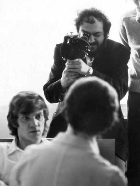 Stanley Kubrick dirige a Malcom McDowell La Naranja Mecánica (A Clockwork Orange, 1971)
