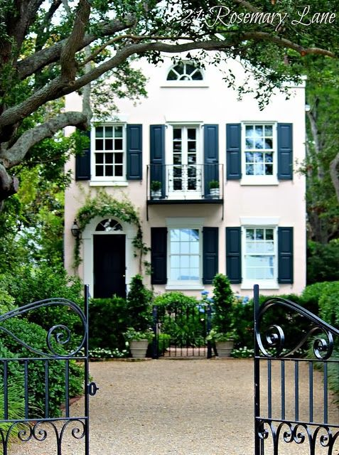 It seems like every time I pin a beautiful house on Pinterest, almost immediately the image gets repinned dozens of times. Clearly there a...