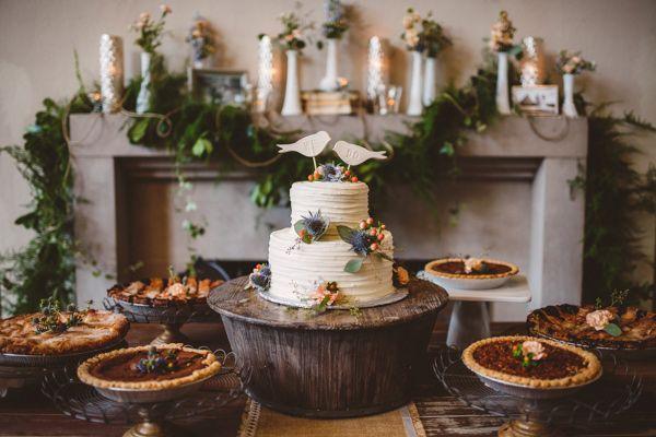cake tables - photo by Mary Margaret Smith http://ruffledblog.com/birmingham-botanical-gardens-wedding PIE