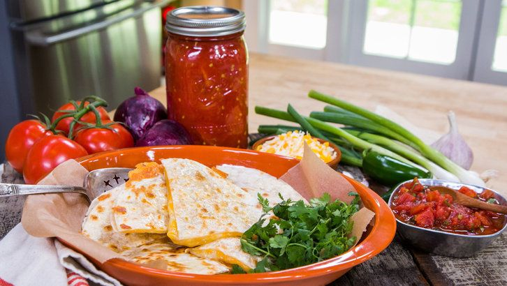 Home & Family: Chicken Quesadilla with Salsa