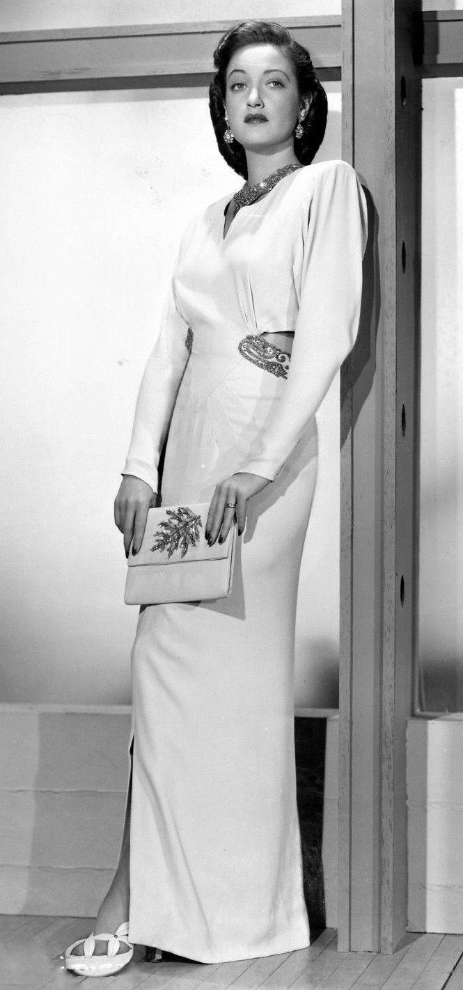 Pin By 1930s 1940s Women S Fashion On 1940s Evening Wear Fashion