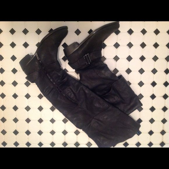 23inch Black Over Knee Boots- No Hold❗️❗️ Black boots, side zipper for easy access, wore a few times, can be wore folded down or up for over knee boots. Shoes Over the Knee Boots