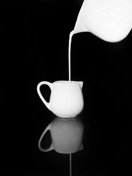 milk jug and creamer