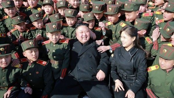 El líder norcoreano Kim Jong-un fue padre por tercera vez según Seúl - Clarín.com