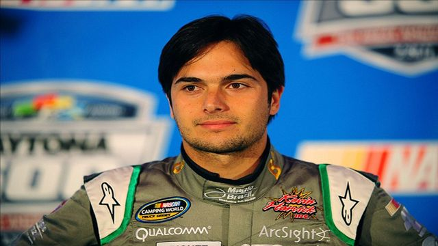 Nelson Piquet Jr. Makes Late Race Pass To Win At Las Vegas